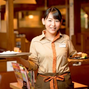 募集強化中!やりがいをお約束!飲食店のキッチンスタッフのお仕事。楽しく健康的に働きたい方にピッタリ。